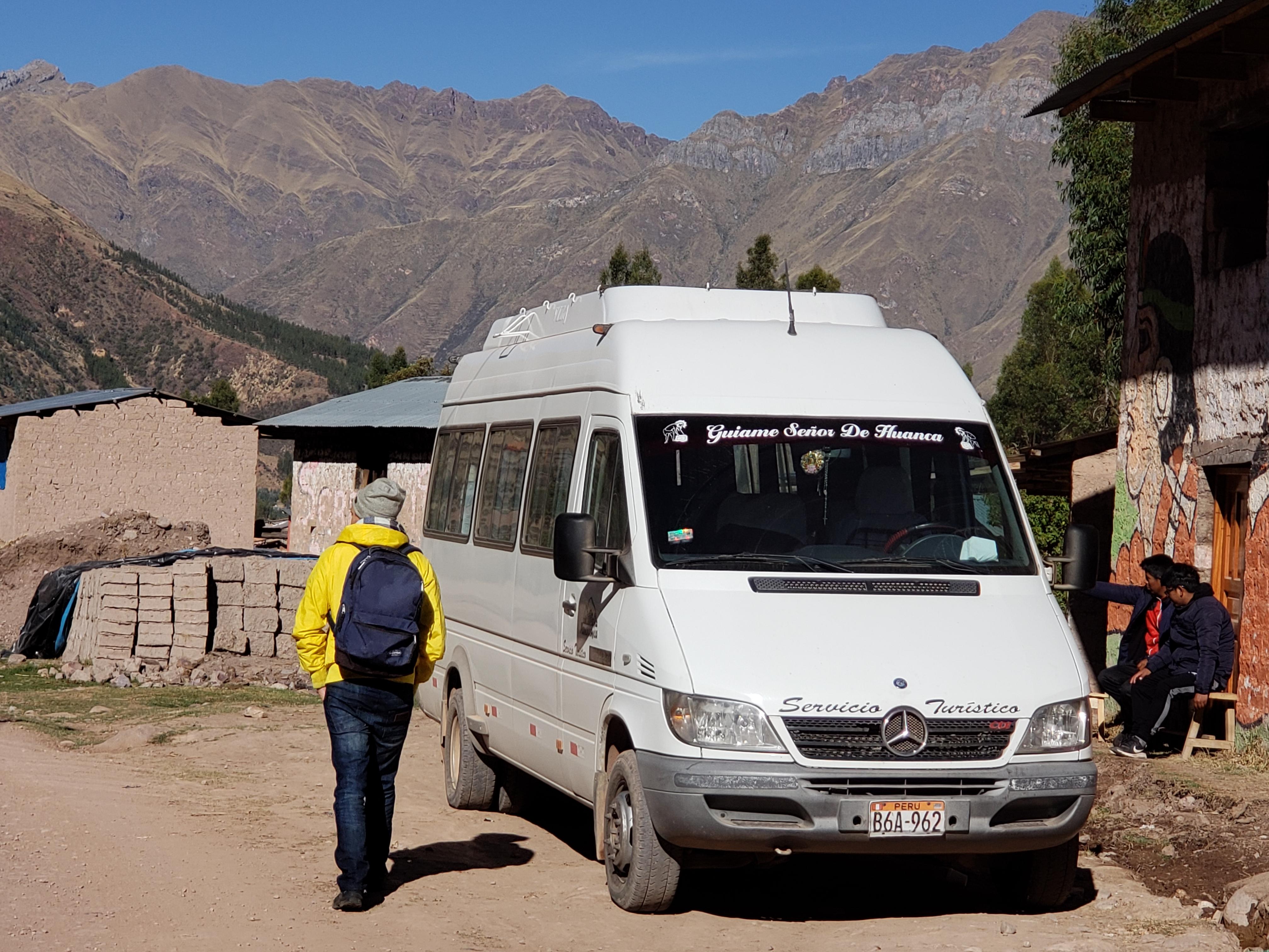Rainbow Mountain Minibus