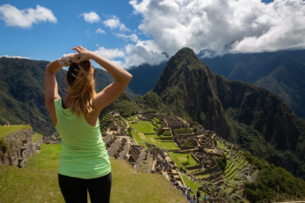 Machu Picchu Yagmur Back