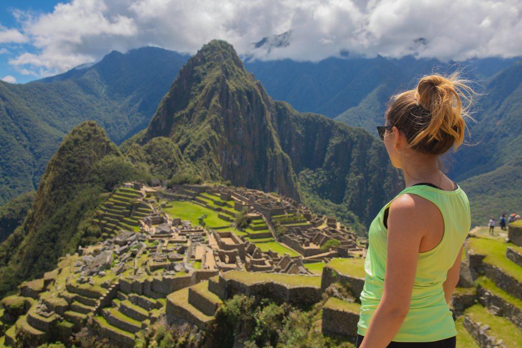 Machu Picchu Yagmur Front